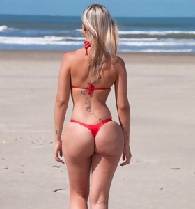 MikeInBrazil ™ presents Melissa Fire in Beach Wonder