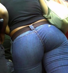 Big booty angels in jeans